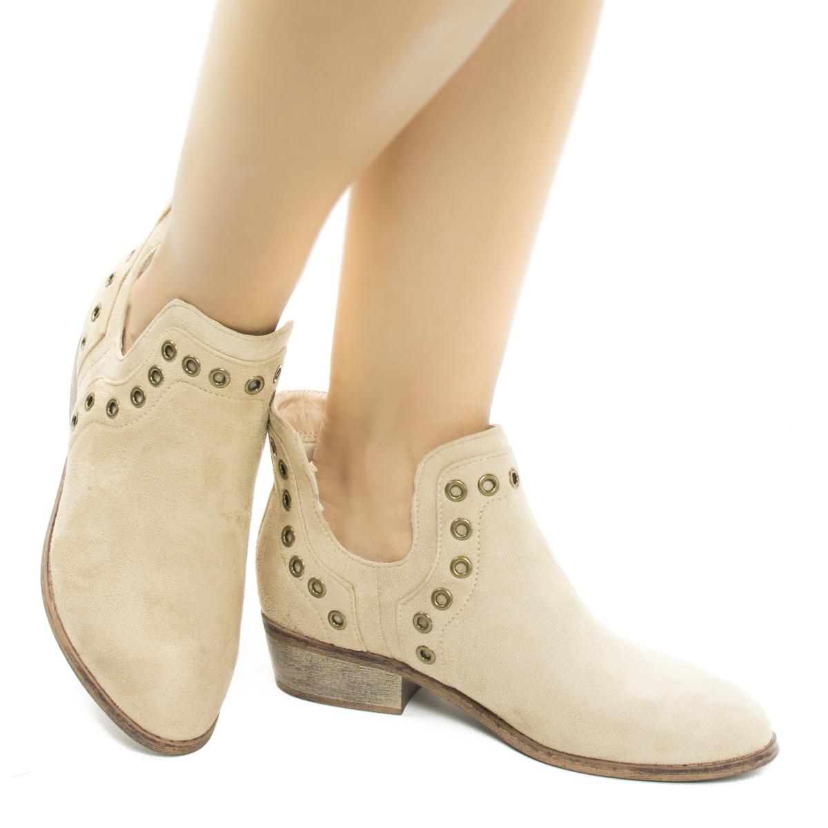 Mojave03 Women Western Pull On Ankle Booties W Side Slit & Metal Detail